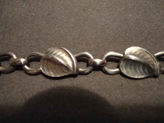 vintage Art Deco sheets silver necklace