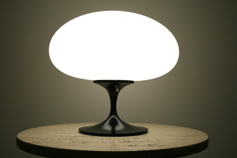 Mid Century Laurel Tulip Mushroom Lamp