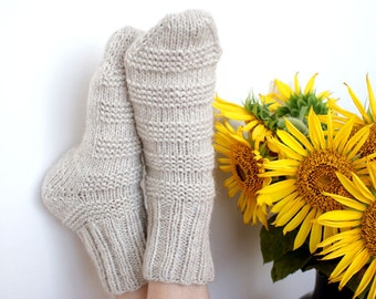 Hand knitted womens thick Socks Country milky beige with wool alpaca rustic brown Halloween