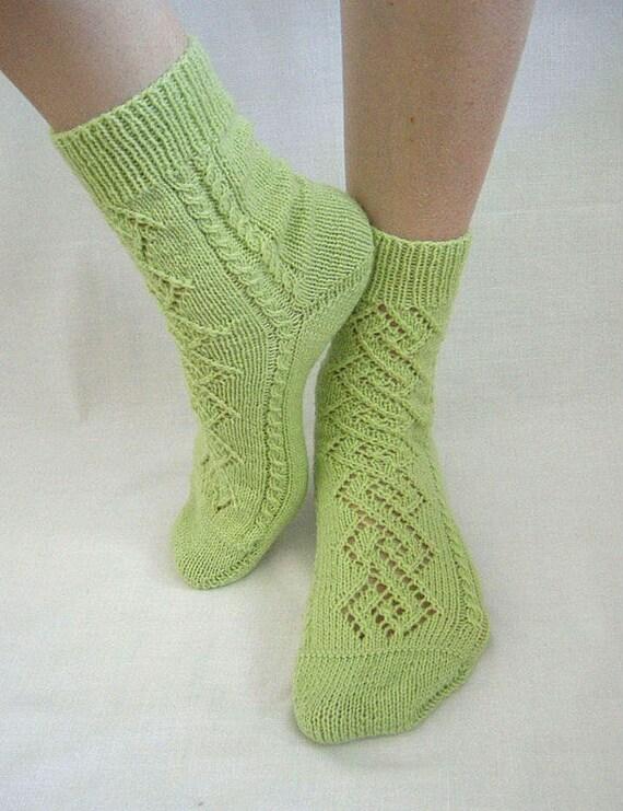Hand knit women fishnet wool Socks  Rhombuses pistachio merino green