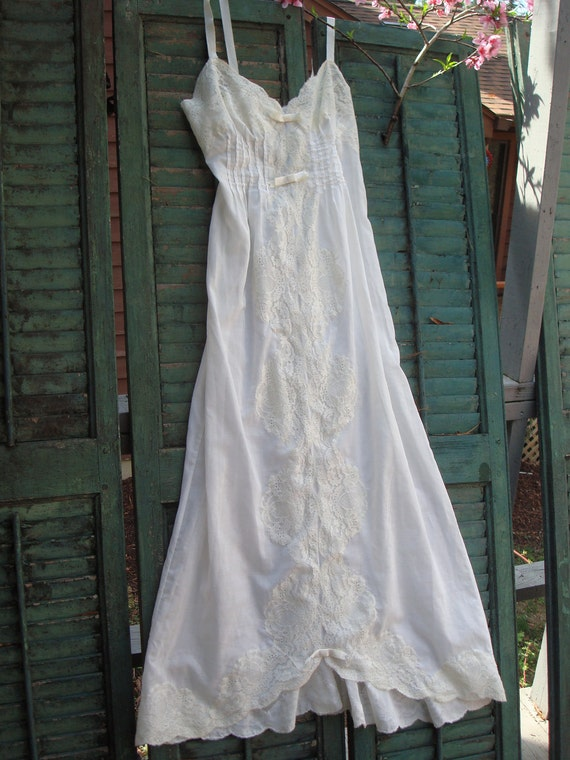 Christian Dior batiste night gown