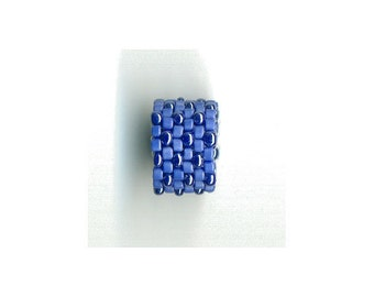 Woven Glass (Dread) Bead ... ... ... ... ... 11mm/o-8mm/i ... ... ... ... ... 06x18 * 384