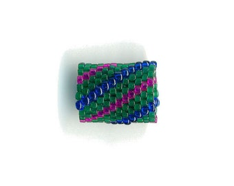 Woven Glass (Dread) Bead ... ... ... ... ... 11mm/o-8mm/i ... ... ... ... ... 12x18 * 371