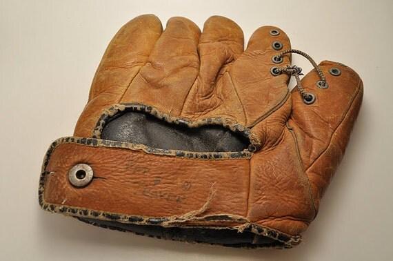 Antique Split Fingered Baseball Mitt