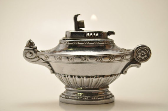 Working Genie Lamp Table Lighter