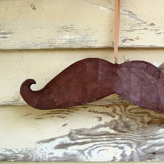 Handlebar Mustache Piñata (brown, party size)