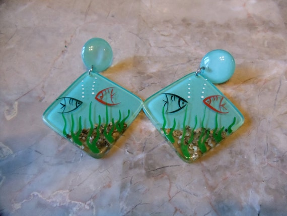 Vintage 1980's Ocean earrings.