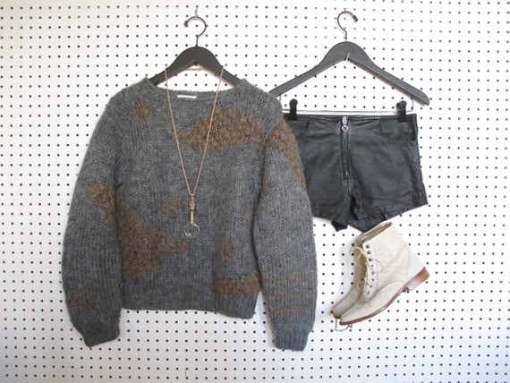 hand knitted / vintage / charcoal sweater