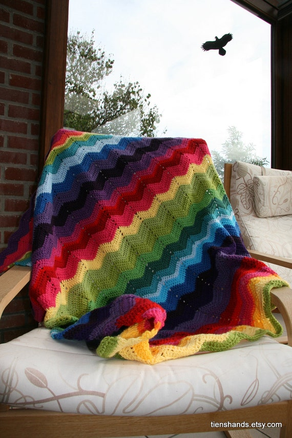 Ripple chevron granny planket (blanket transforms into a pillow)