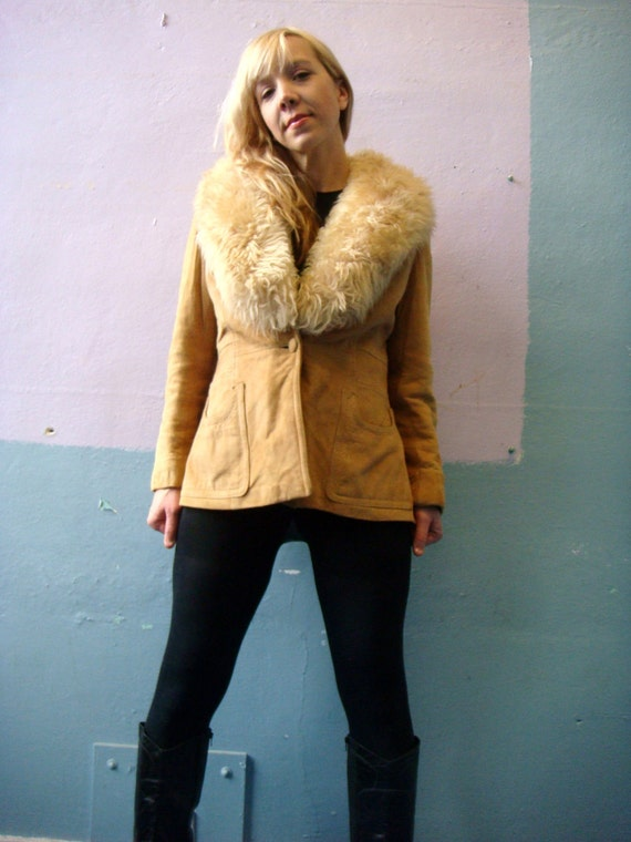 VTG 60s 70s Shearling Suede Coat / Fur Collar / Glam