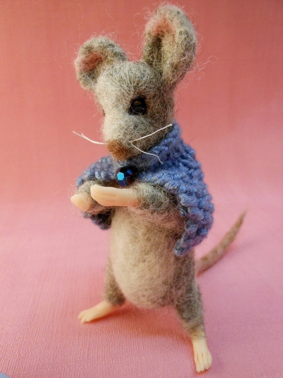 "Needle felted mouse 4.5"" tall"