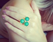Golden unique cocktail fashion ring lace textured bold adjastable triple stones neon green onyx Israel