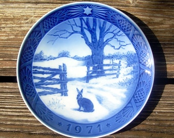 "Royal Copenhagen Collector Plate 1971 Hare in Winter 7"""