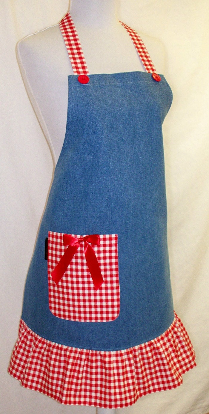 apron blue denim with red white checks by classycookaprons. Black Bedroom Furniture Sets. Home Design Ideas