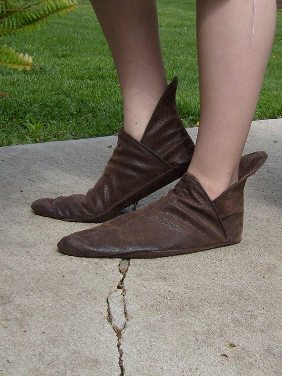 Soft Renaissance Shoe---New Thick Leather Sole Option--- Pointed Toe, Elvish Shoe, Larp footwear, Costume Shoes, Renaissance Shoe, Leather