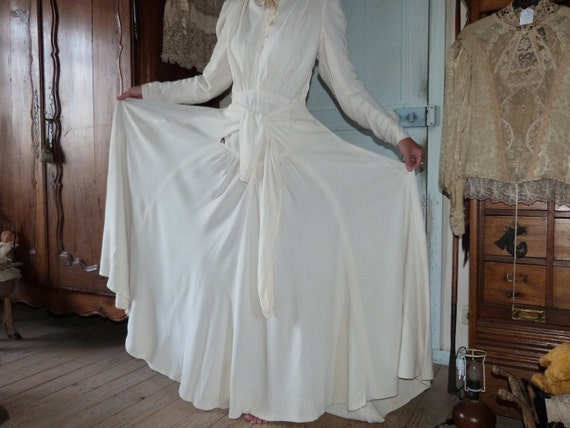 Antique wedding dress victorian bride ivory gown w long sleeves, robe, French 1900s bridal clothing, romantic love, w buttons