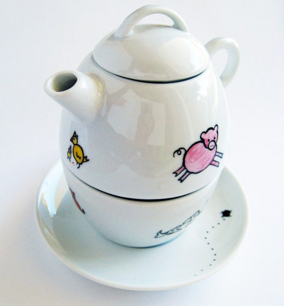 Farm animals, personalized hand painted porcelain set with cup, saucer and tea pot