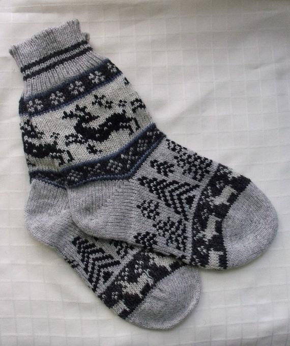 NORWEGIAN Scandinavian Hand Crafted 100% wool socks, M/L, folk art