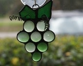 """Frosted Green Grapes Cluster in Stained Glass  -  4"""" x 3"""" Suncatcher"""