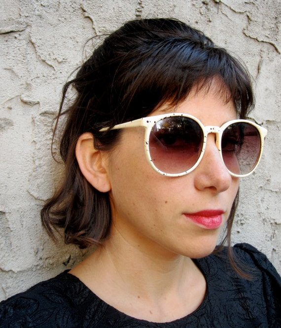 Vintage Sunglasses. Metal Frame. Round Eyewear.  Black and WhitePaint Splatter. Rose Tinted Glasses. Graphic Vintage Sunglasses.