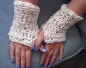 Snowflake white crocheted fingerless gloves