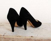 Vintage Black Heels Suede Peep Toe MARIE CLAIRE Pumps 5.5 6