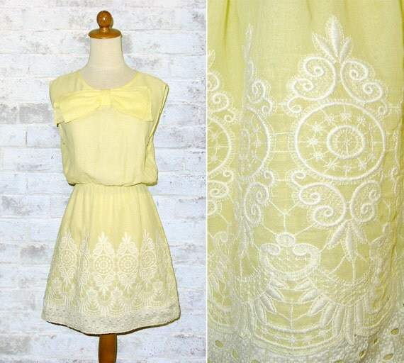 Vintage 70's Embroidered Lemon Dress Large Yellow Bow S or M