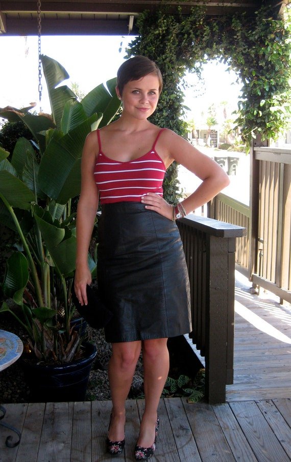 beautiful vintage black leather high waisted pencil skirt