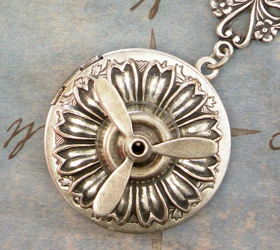 Silver Steampunk Locket - Flying Machine Locket