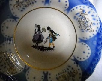 Vintage Bowl With Sillhoutte Center, Blue & White,  9 1/2 inch Vegetable Bowl