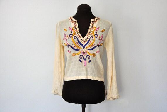 Vintage 70s Embroidered Peasant Top Midriff Hippie Boho Cream / by Mahala Santa Barbara  / size XS S