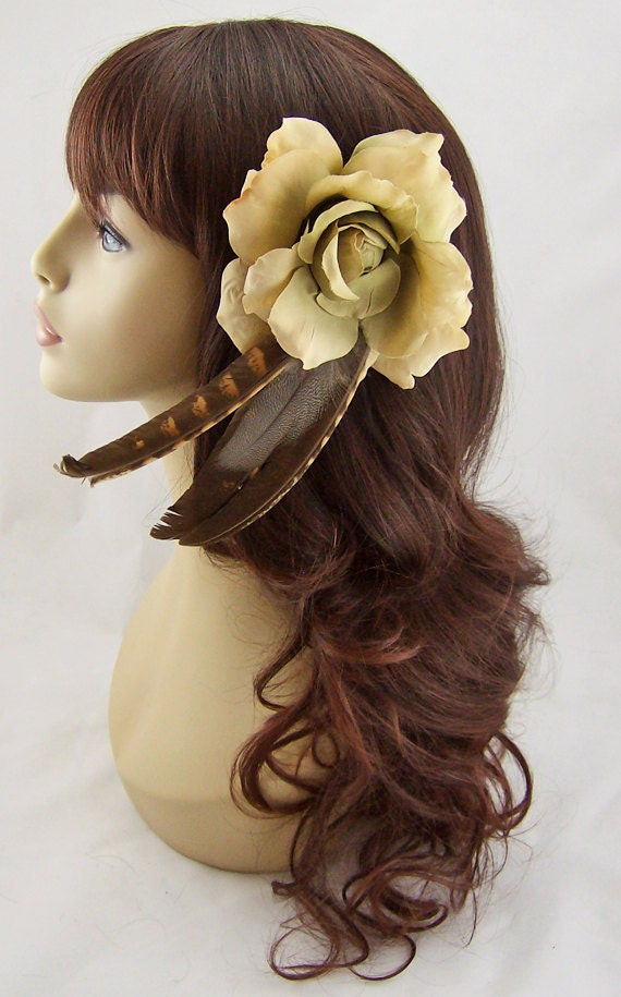 Ecru Rose & Feather Fascinator Flower Clip