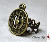vintage style Clock adjustable ring