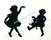 "Vinyl Wall Art Silhouette ""Sisters"" 12""x12"""
