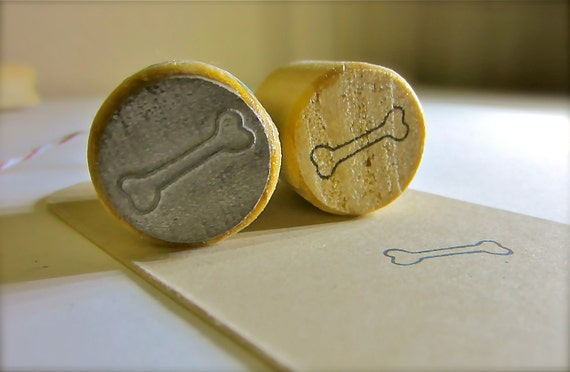 """Dog Bone Rubber Stamp - Small Stamp-  Round 3/4"""" or 2.2cm on Reclaimed Wood Mount"""