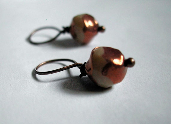 Stitch Markers (4) -- Wishing Well -- copper, cream -- closed/knitting, large
