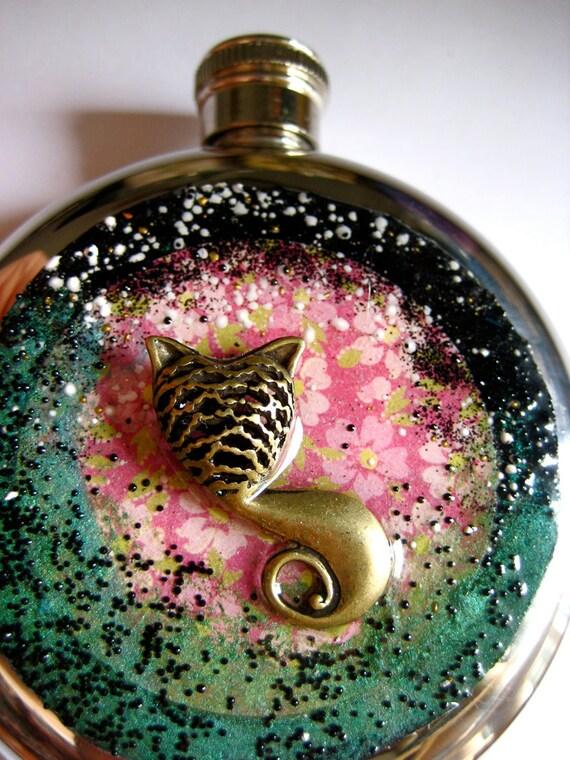 Cheshire Cat Flask Alice in Wonderland Round Flask