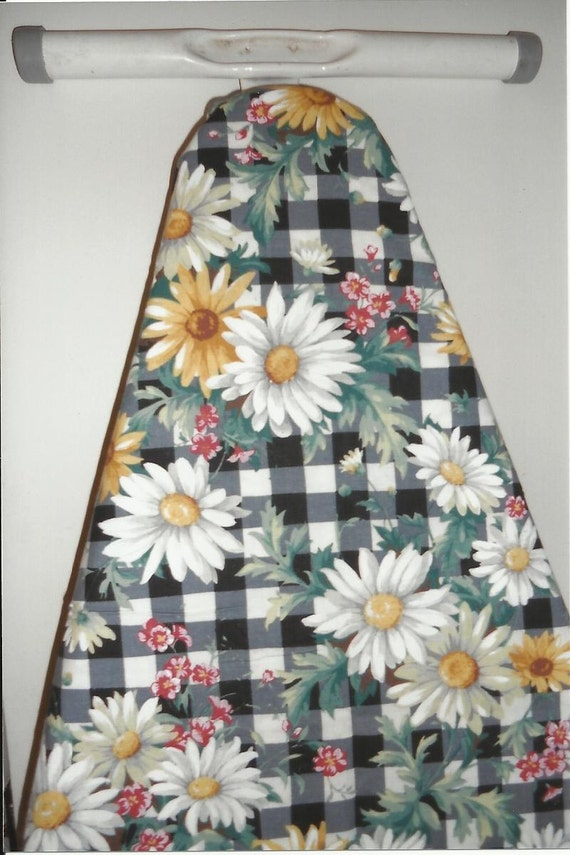 Ironing Board Cover in Daisy Picnic Print