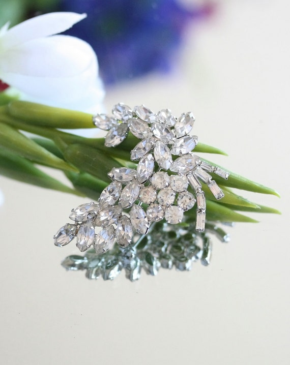 Brooch, Rhinestone Pin, Wedding Sash, Wedding dress, bride, bridal,