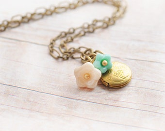 Gold Locket Jewelry Necklace Gift for Daughter Gift for Mom Gift for Friend Turquoise Cream Charm Flowers Jewelry