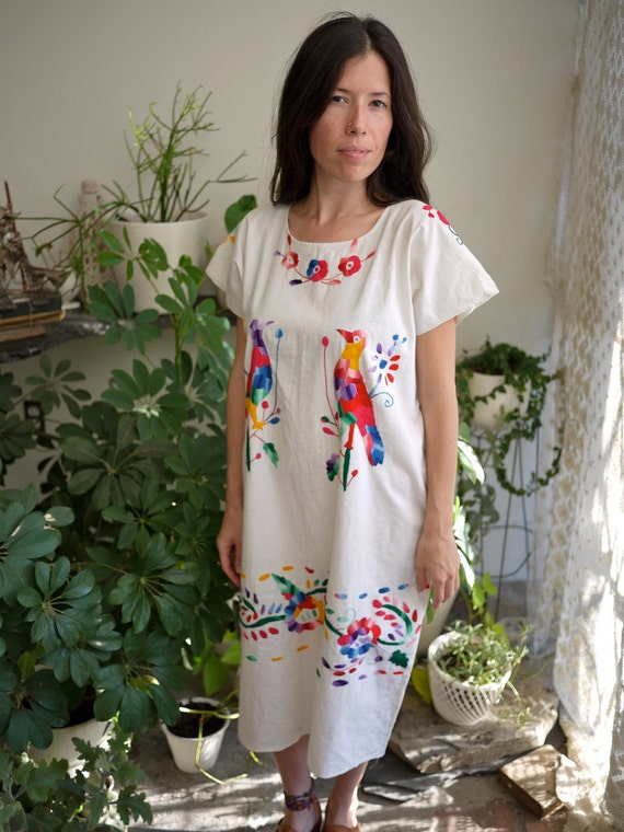 SALE Cuautla Mexican Hand Embroidered Bird Dress