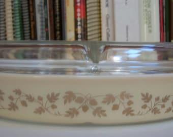 Vintage Pyrex Gold Acorn Divided Casserole 1.5 Qt.