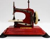 Vintage Gateway NP-1 Childs toy sewing machine.