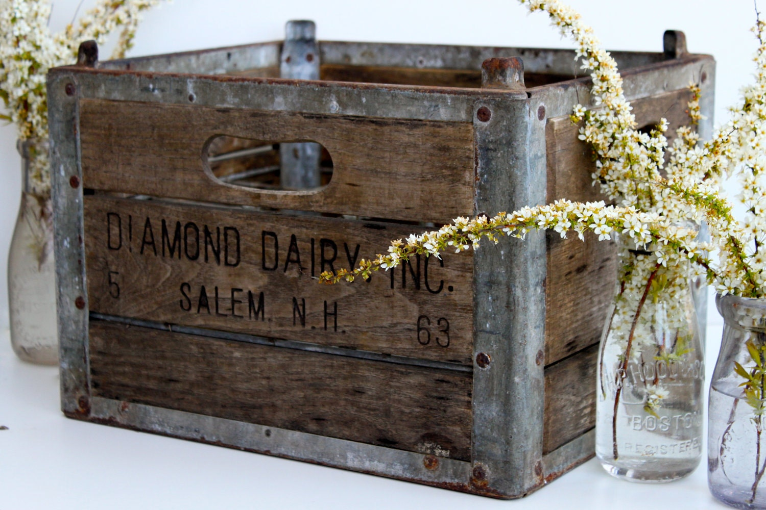 wood and metal milk crate rustic by vintagewall on etsy. Black Bedroom Furniture Sets. Home Design Ideas