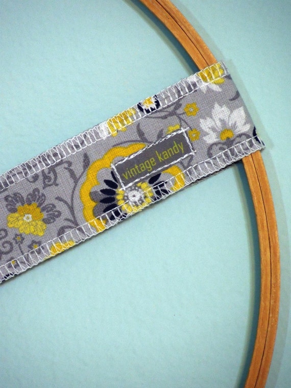 "STAYband Non Slip Fabric & Velvet Headband by Vintage Kandy - 1.5"" Wide - Gray Black and Yellow Floral"