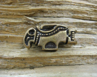 02.161.BZ  Viking era eagle/raven pin