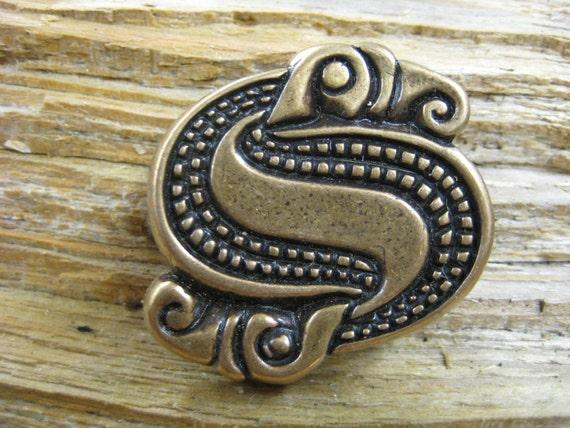 Viking era raven / eagle S pin