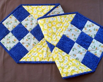 Table Runner, Quilted Table Runner, Handmade Table Runner, Quilted Patchwork Table Runner