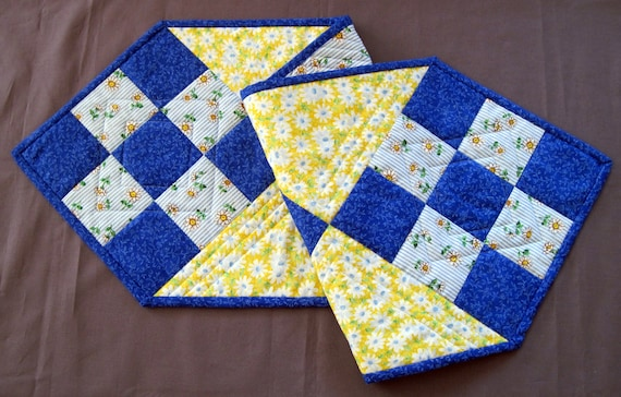 Quilted Table Runner - Daisies Table Runner - Quilted Patchwork Table Runner
