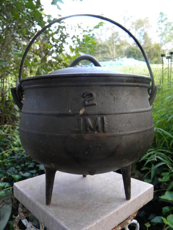 vintage 1950s WITCHES bulge 3 legged CAULDRON KETTLE w lid  bean pot sgnd jml